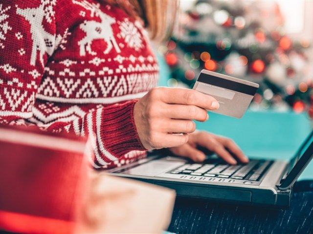 Protect yourself against cybercriminals during this holiday shoppings season